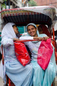 india olddelhi newdelhi streetphotography rickshaw
