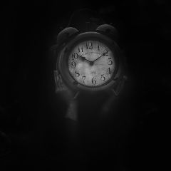 blackandwhite time interesting madewithpicsart
