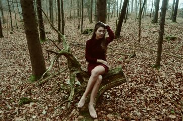 girl forest woman nature longhair freetoedit