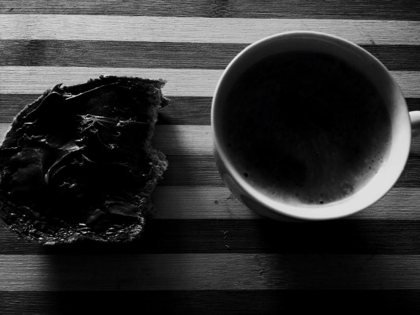 morning #blackandwhite #photography #coffee #nutella #black&white #home #antochibianca #photo #morning